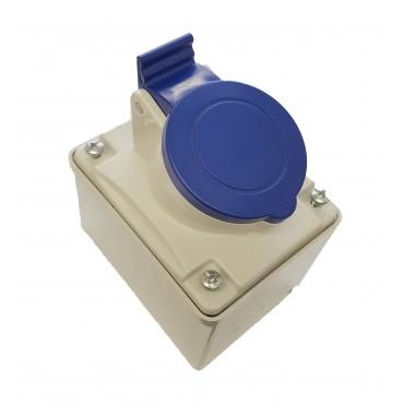 Garage Socket 16a 200-250v IP44 Rated